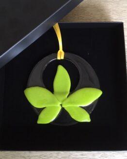grøn påskeblomst i gaveæske