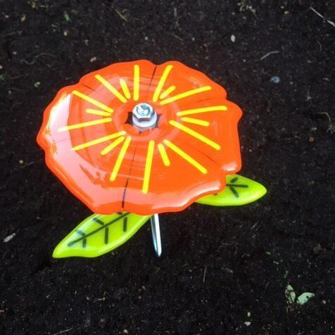 orange gul glasblomst til haven