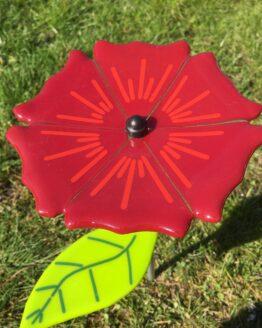 stor rød glasblomst