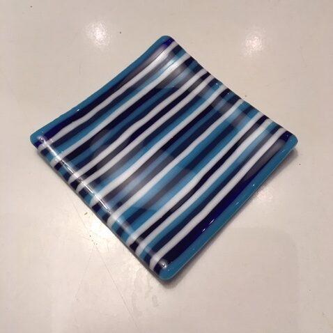 Lille blå stribet sæbeskål