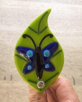 Sommerfugl på blad