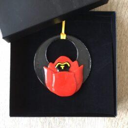 Rød tulipan i gaveæske