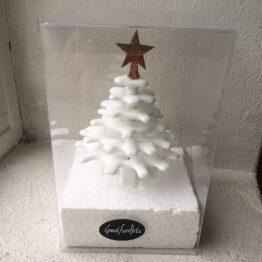 hvidt juletræ i æske